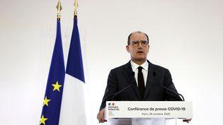 Jean Castex en conférence de presse, le 29 octobre 2020. (IAN LANGSDON / POOL / AFP)