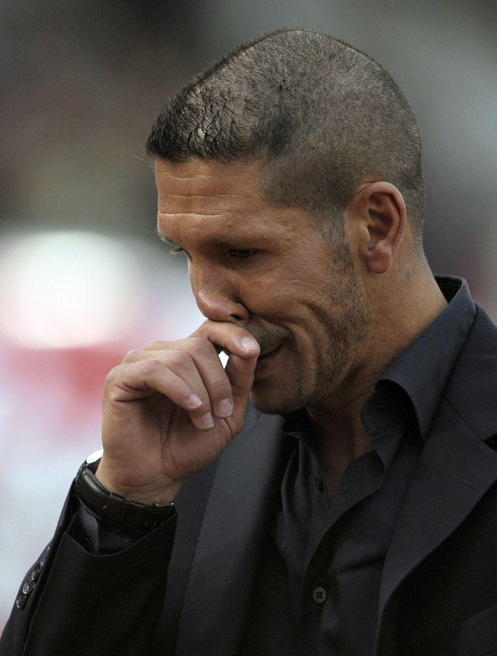 Diego Simeone alors qu'il coachait River Plante, le 24 mars 2008. (JUAN MABROMATA / AFP)