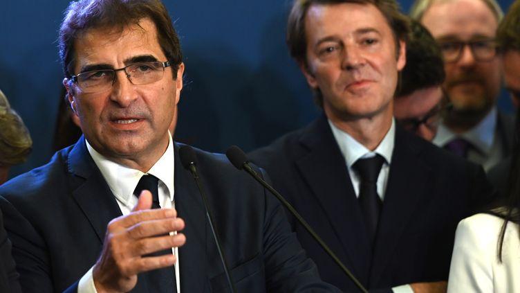 Le président des Républicains, Christian Jacob, avec le maire de Troyes, François Baroin, le 23 octobre 2019 à Paris. (DOMINIQUE FAGET / AFP)