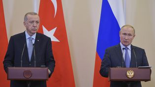 Le président turc Recep Tayyip Erdogan et le président russe Vladimir Poutine à Sochi en Russie, le 22 octobre 2019. (/XINHUA-REA / XINHUA-REA)