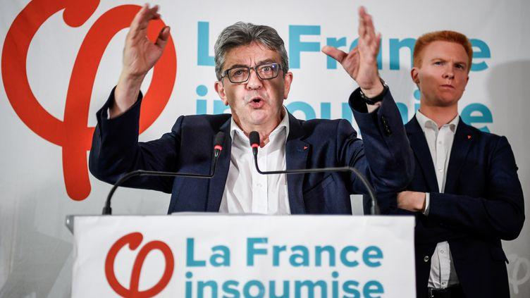 Le dirigeant de La France insoumise lors de sa conférence à Paris, le 19 octobre 2018. (ERIC FEFERBERG / AFP)