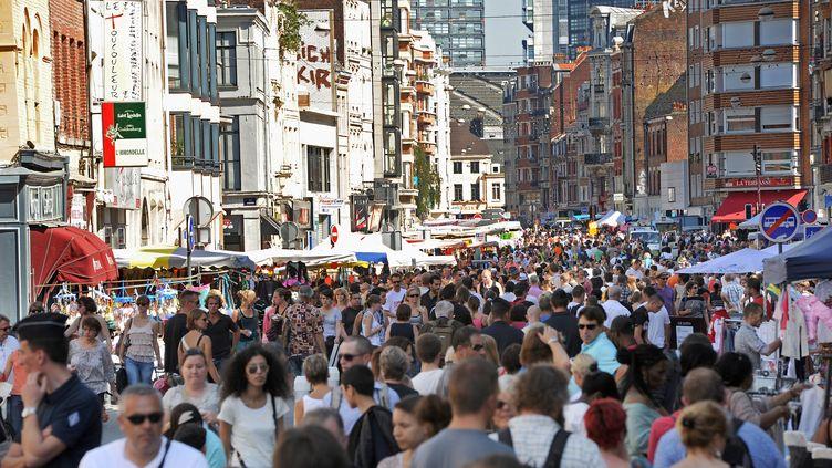 En 2100, la population françaiseatteindra les 67 millions d'habitants, quand la population mondiale sera de 8,8 milliards d'êtres humains. (PHILIPPE HUGUEN / AFP)