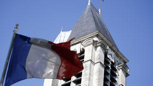 Le suspect interpellé dimanche 19 avril à Paris aurait prévu de commettre un attentat contre l'église Saint-Cyr-Sainte-Juliette, à Villejuif (Val-de-Marne), photographiée mercredi 22 avril 2015. (KENZO TRIBOUILLARD / AFP)