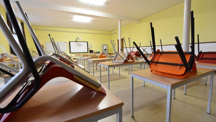 La fermeture des crèches et des établissements scolaires a été annoncée par Emmanuel Macron le jeudi 12mars. (MAXPPP)