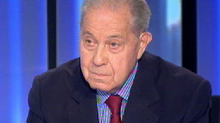 Charles Pasqua, 82 ans, au 20 heures de France 2, le 27 octobre 2009 (© F2)