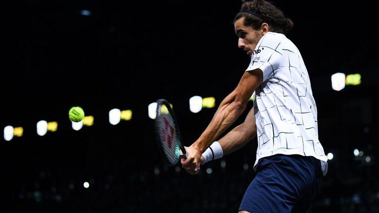 Le joueur français Pierre-Hugues Herbert lors du Masters 1000 de Paris. (FRANCK FIFE / AFP)