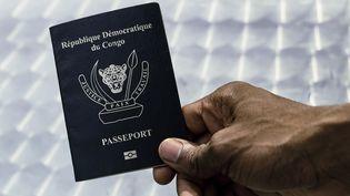 Passeport biométrique de la Répubique démocratique du Congo, février 2017. (STRINGER  / REUTERS)