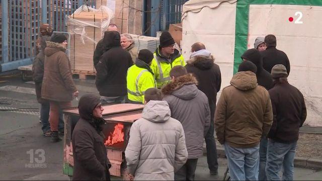 Arjowiggins : les salariés licenciés menacent de brûler des stocks