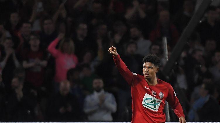 Le club de National Les Herbiers s'est qualifié en finale de la Coupe de France après sa victoire face à Chambly (2-0).  (LOIC VENANCE / AFP)