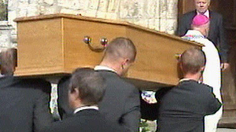 Les obsèques de Marie-Christine Hodeau se sont déroulées en présence du ministre de l'Intérieur. (© F3)