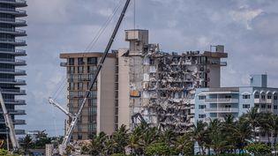 L'immeuble s'est effondrédans la nuit dujeudi 24 juinà Miami en Floride (Etats-Unis). (AFP)