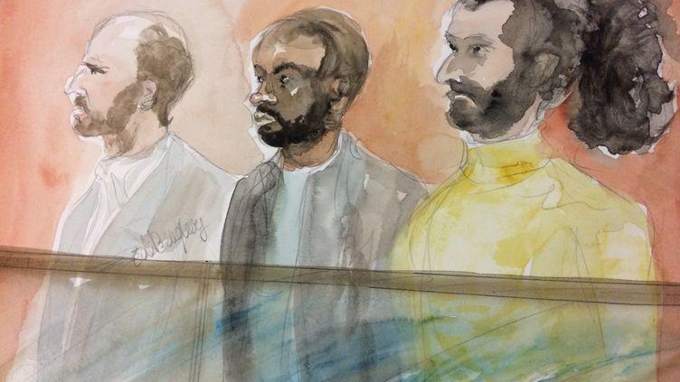 Karim, Paul et Mehdi, trois des sept prévenus jugés, depuis le 1er décembre à Paris, pour leur appartenance présumé à une filière de recrutement jihadiste dans le Val-de-Marne. (ELISABETH DE POURQUERY / FRANCETV INFO)