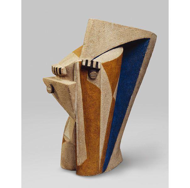 """Henri Laurens, """"Tête"""", 1918-1919, pierre polychromée, Centre Pompidou, Musée national d'art moderne, Paris  (Centre Pompidou, MNAM-CCI/Adam Rzepka/ Dist. RMN-GP © ADAGP, Paris 2018)"""