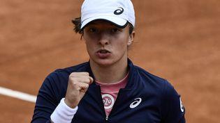 Iga Swiatek a dominé Karolina Pliskova en finale du WTA 1000 de Rome dimanche 16 mai 2021. (FILIPPO MONTEFORTE / AFP)