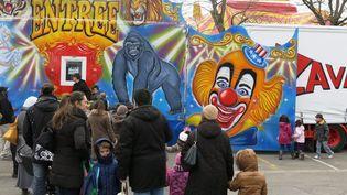 Cirque Zavatta installé en 2013 sans autorisation sur un parking d'école à Massy  (MAXPPP/PHOTOPQR/LE PARISIEN)