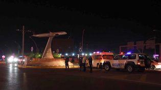 La police est sur les lieux d'une explosion à Erbil (Irak), le 14 avril 2021. (AHSAN MOHAMMED AHMED AHMED / ANADOLU AGENCY / AFP)