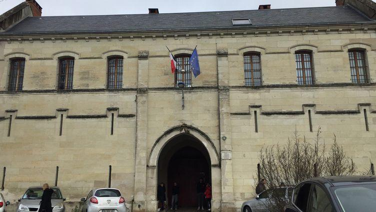 Façade de la maison d'arrêt de Périgueux (Dordogne), décembre 2018. Photo d'illustration. (LAURINE BENJEBRIA / RADIO FRANCE)