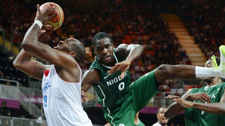 Equipe de France de basketball face au Nigéria lors des JO de Londres (MARK RALSTON / AFP)