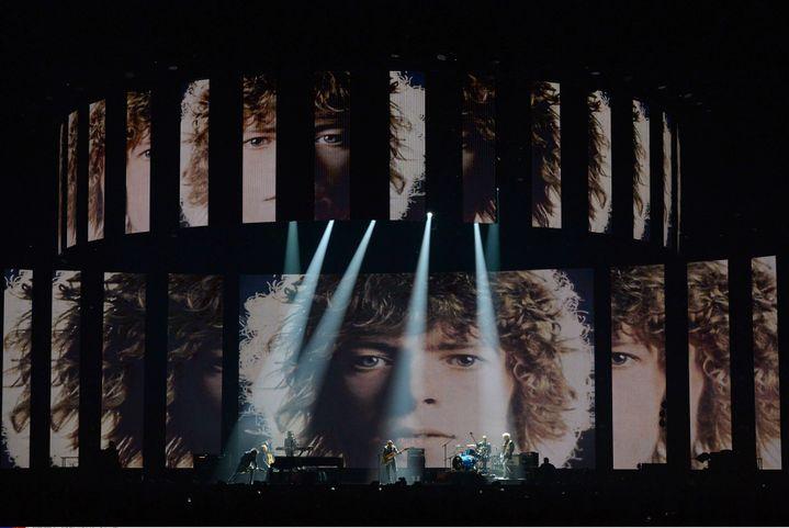 Hommage à Bowie lors des Brit Awards  (Richard Young/Shutterst/SIPA)