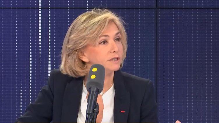 Valérie Pécresse, présidente de la région Île-de-France, était l'invitée de franceinfo, mardi 19 novembre. (FRANCEINFO / RADIOFRANCE)