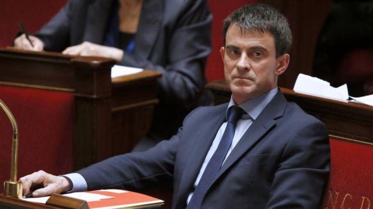 Le Premier ministre Manuel Valls a surpris les députés lors de l'annonce de son plan d'économies, mercredi 16 avril. Retour sur sa communication. (PATRICK KOVARIK / AFP)