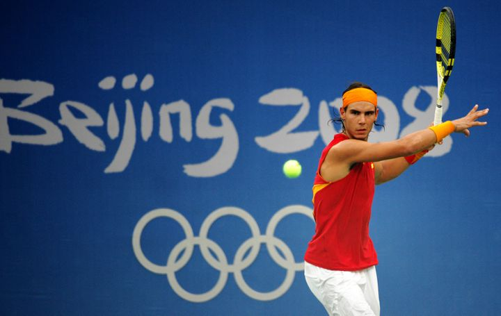 L'Espagnol Rafael Nadal aux Jeux olympiques de Pékin, mercredi 13 août 2008. (JOE KLAMAR / AFP)