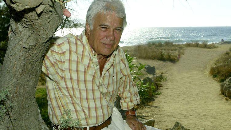 Guy Bedos en vacances à Lumio (Corse) en août 2005. (NICE MATIN / MAXPPP)
