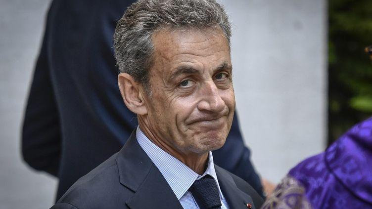Nicolas Sarkozy à Neuilly-sur-Seine (Hauts-de-Seine), le 25 juin 2020. (STEPHANE DE SAKUTIN / AFP)