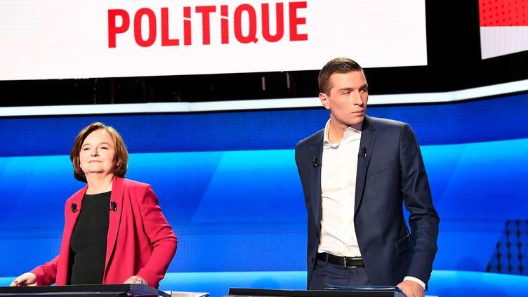 Nathalie Loiseau, tête de liste de LREM, et Jordan Bardella, tête de liste du RN, lors du débat de France sur les élections européennes, le 4 avril 2019, à Paris. (BERTRAND GUAY / AFP)