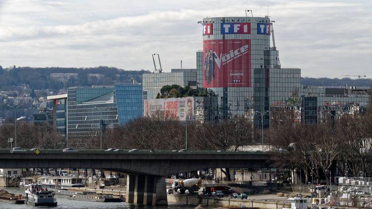 Le siège du groupe TF1 à Boulogne-Billancourt (Hauts-de-Seine), le 5 mars 2018. (MAXPPP)