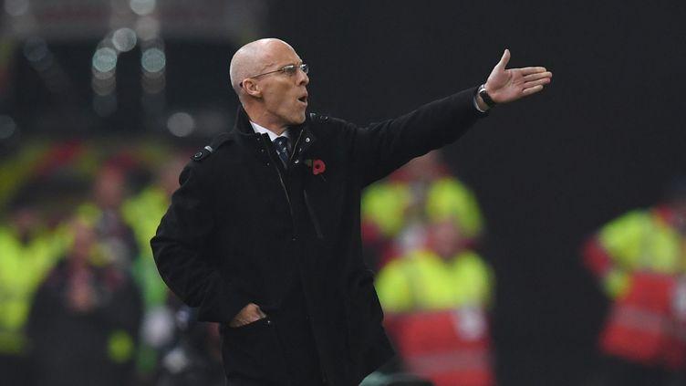 Bob Bradley n'aura pas tenu plus de trois mois sur le banc de Swansea (PAUL ELLIS / AFP)