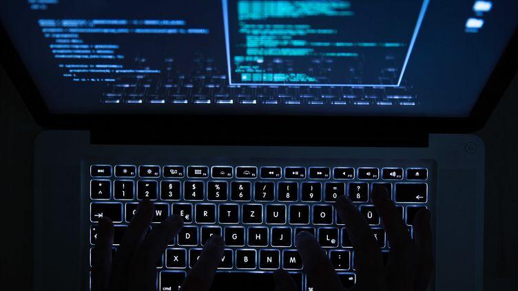 Un hacker. (Photo d'illustration) (MAXPPP)