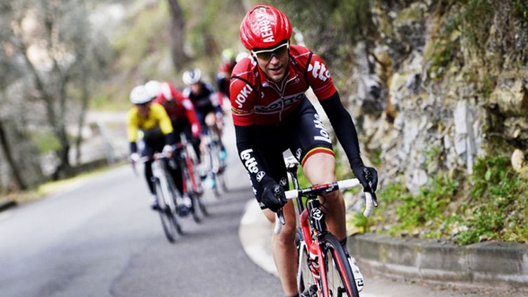 Tony Gallopin a attaqué à 30km de l'arrivée lors de l'avant-dernière étape de Paris-Nice.  (DIRK WAEM / BELGA MAG)