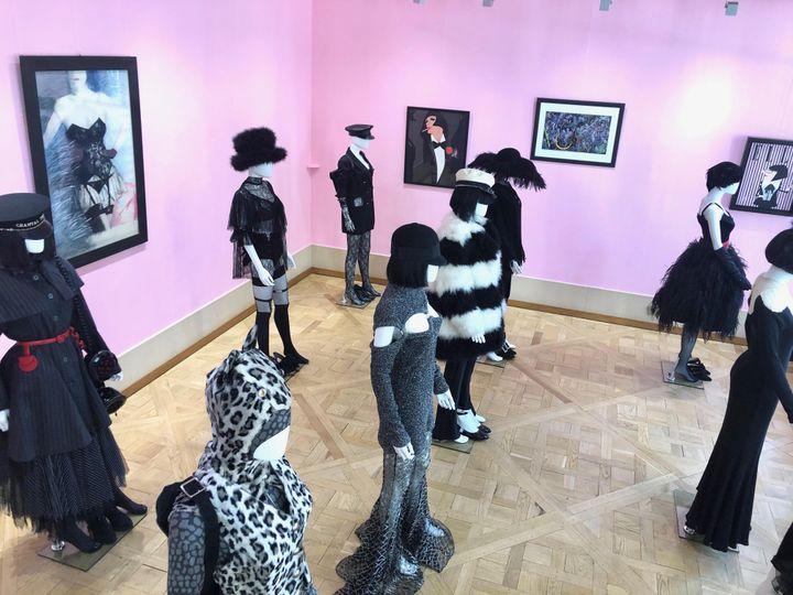 """Exposition """"Chantal Thomass Personal Dressing"""" à la Joyce Gallery, à Paris, en septembre 2019 (JOYCE GALLERY)"""