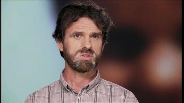 """Extrait documentaire """"Enfance abusée"""""""