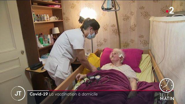 Covid-19 : la vaccination à domicile se développe