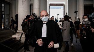 MeBernard Boulloud, à la cour d'assises de Chambéry,en Savoie, le 3 mai 2021. (JEFF PACHOUD / AFP)