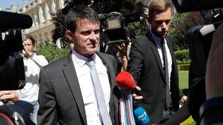 L'ancien Premier ministre Manuel Valls arrive le 19 juin 2017 à Paris, à l'Assemblée nationale, qui accueille les députés. (THOMAS SAMSON / AFP)