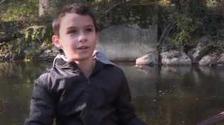 Matéis, l'enfant qui a découvert un fusil du XVIIIe siècle en Mayenne (FRANCE 3)