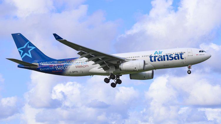 Un avion de la compagnie canadienne Air Transat, le 30 août 2018. (NICOLAS ECONOMOU / NURPHOTO)