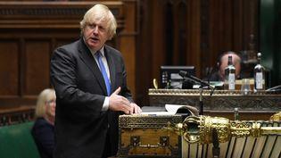 Le Premier ministre britannique BorisJohnson, à la Chambre des communes, à Londres (Royaume-Uni), le 23 juin 2020. (JESSICA TAYLOR / UK PARLIAMENT / AFP)