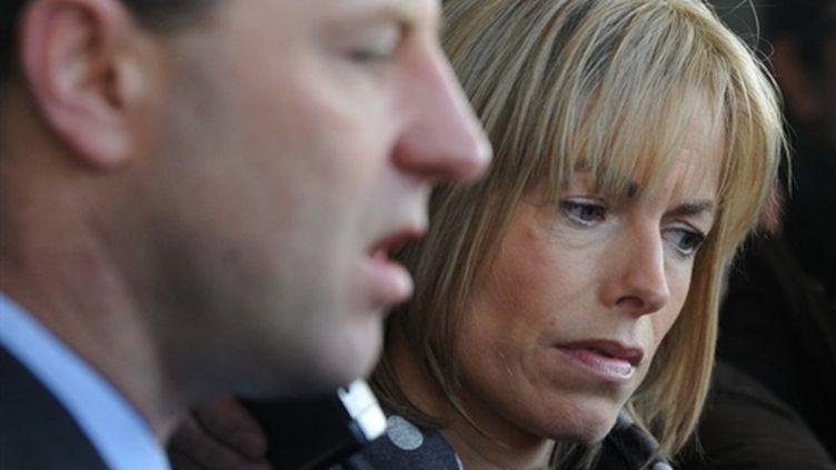Madeleine et Gerry McCann devant le tribunal civil de Lisbonne, Portugal. 11 décembre 2009 (AFP Francisco Leong)