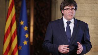 Carles Puigdemont, le 21 octobre 2017, à Barcelone. (RUBEN MORENO GARCIA / AFP)