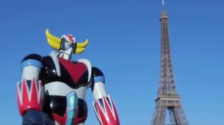 46 ans après sa création, comment le robot japonais Goldorak s'est-il fait une place de choix dans la culture française ? Les grands enfants continuent de l'aimer avec passion, pour de multiples raisons. (Capture d'écran France 3)