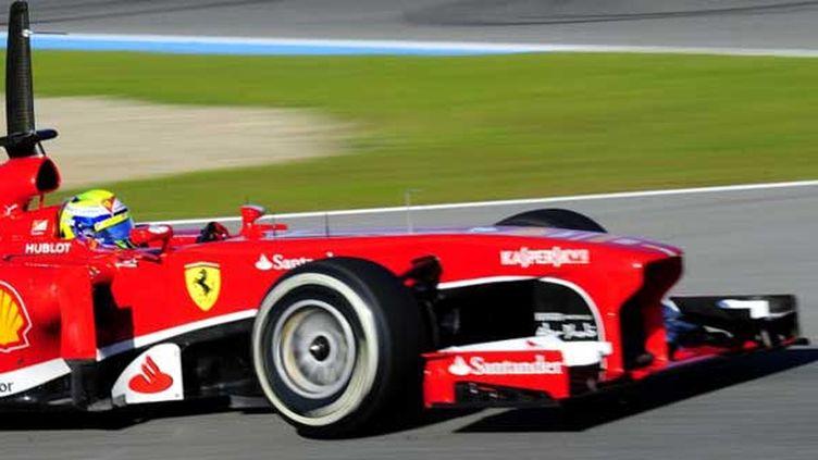 Felipe Massa au volant de sa Ferrari