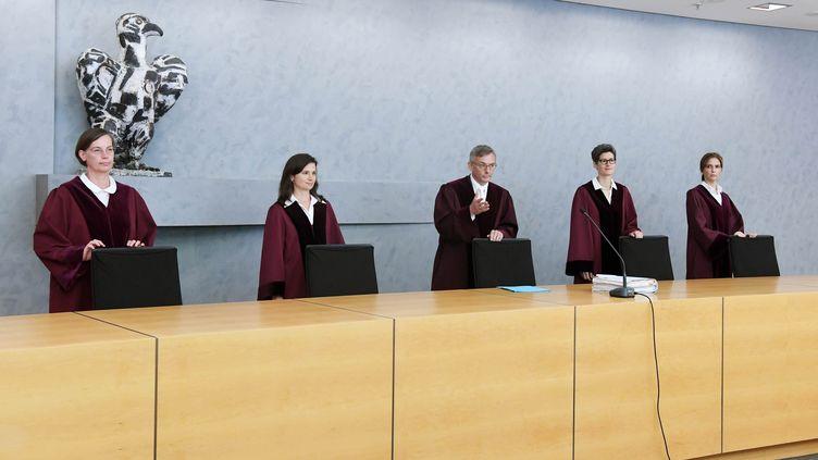 La Cour fédérale de justice allemande (BGH) a donné raison aux parents d'une jeune fille décédée, en leur permettant d'avoir accès au compte Facebook de cette dernière, le 12 juillet 2018. (ULI DECK / DPA)