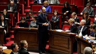 Le Premier ministre, Edouard Philippe, lors de la session de questions au gouvernement, le 11 décembre 2018 à l'Assemblée. (THOMAS SAMSON / AFP)