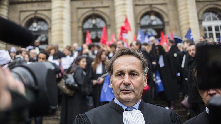 Me Pierre-Olivier Sur, le 16 octobre 2015 à Paris. (AURELIEN MORISSARD / MAXPPP)