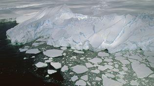 Le glacier Mertz, à Terre Adélie (est de l'Antarctique), le 26 août 2014. (COLIN MONTEATH / HEDGEHOG HOUSE / MINDEN PICTURES / AFP)