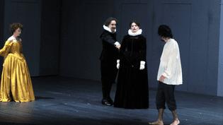 """""""Une puce, épargnez-la"""" par la troupe de la Comédie Française  (DELALANDE RAYMOND/SIPA)"""